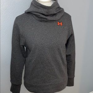 Under Armour Hoodie with pockets Med NWT